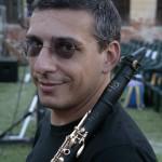 primo piano con strumento ©M. Caselli Nirmal